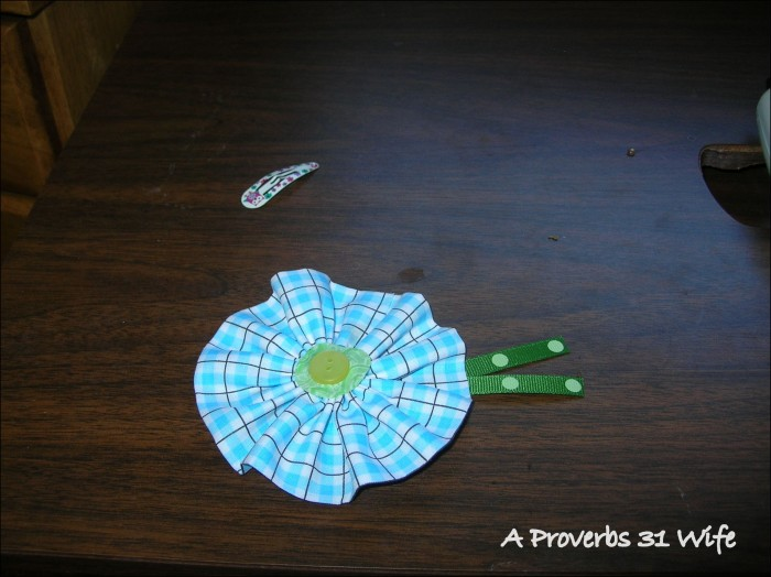How to make round hair bows from fabric