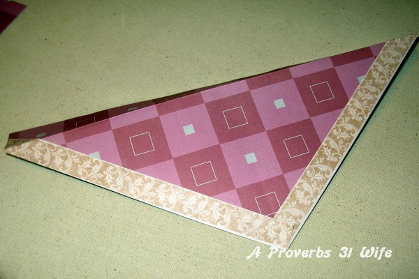 Fake flap for decor box