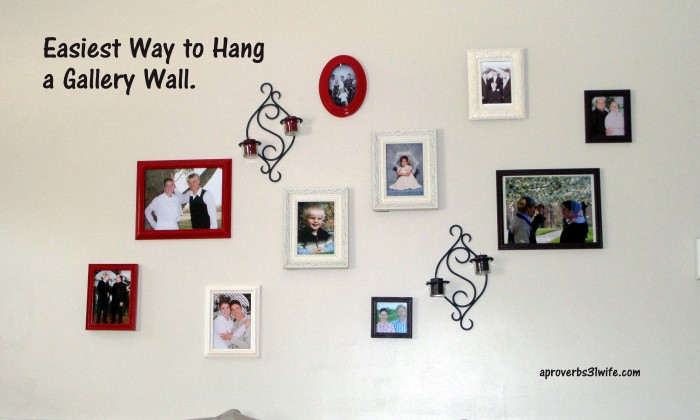 How to easily hang a photo gallery on wall. #gallerywall #photowall #howtohang