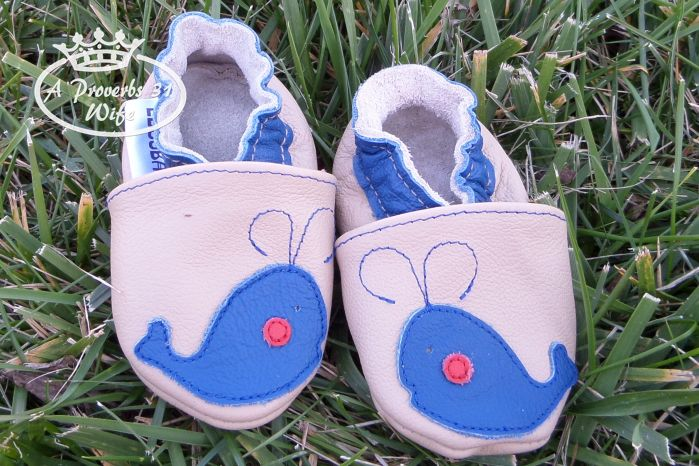 Ebooba, soft soled leather baby shoes that are cute and stay on very well!