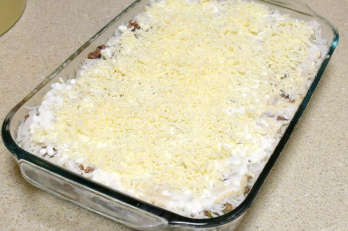 Easy cheesy zucchini casserole recipe that is sure to please!