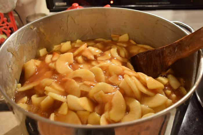 Making homemade apple pie filling to can with apples right from the tree!