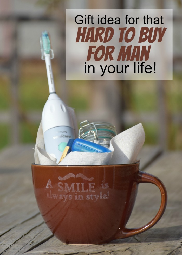 A smile is always in style! How to etch mugs as an awesome guy gift or any other gift idea! #GiftOfPhilips [ad]