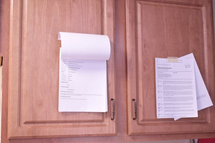 How to freezer cook using recipes your family loves. A simple flowchart that lays all the steps out for you making it simple to fill your freezer with meals for a month!