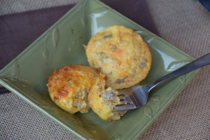 Delicious make ahead recipe for gluten free sausage egg muffins!