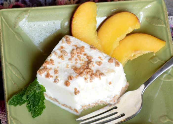 Peaches and Cream Ice Cream Bars
