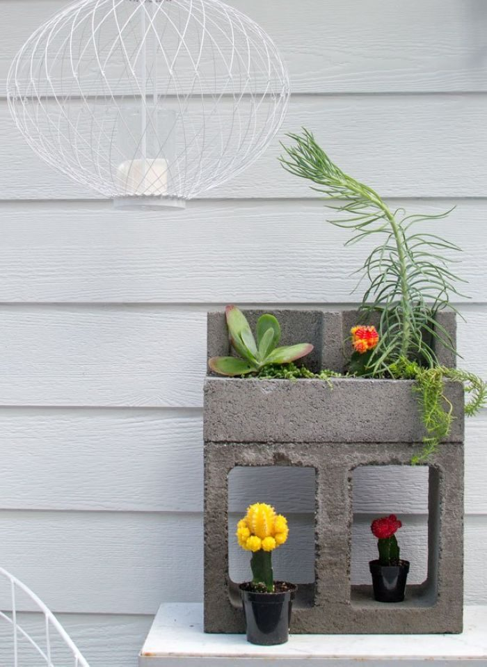 Concrete blocks planter