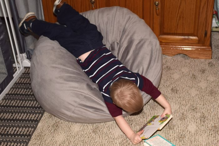 Nontoxic pillow and lounger review and giveaway