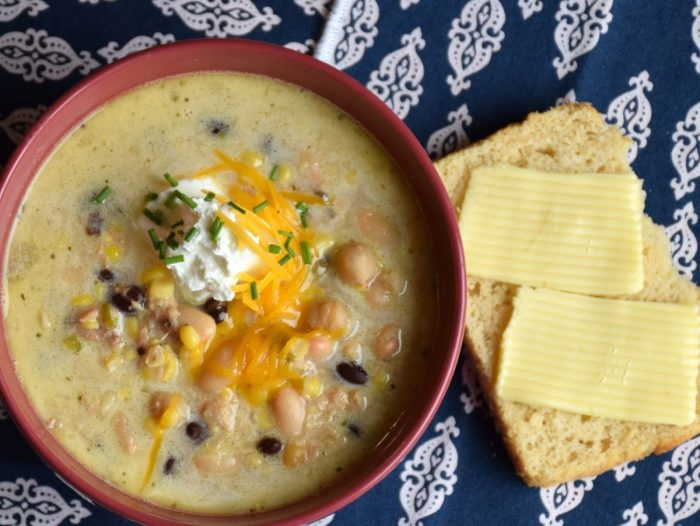 Recipe for easy white chicken chili supreme with black beans, corn, veggies