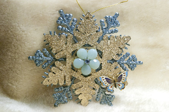 Snow Flake ornament.