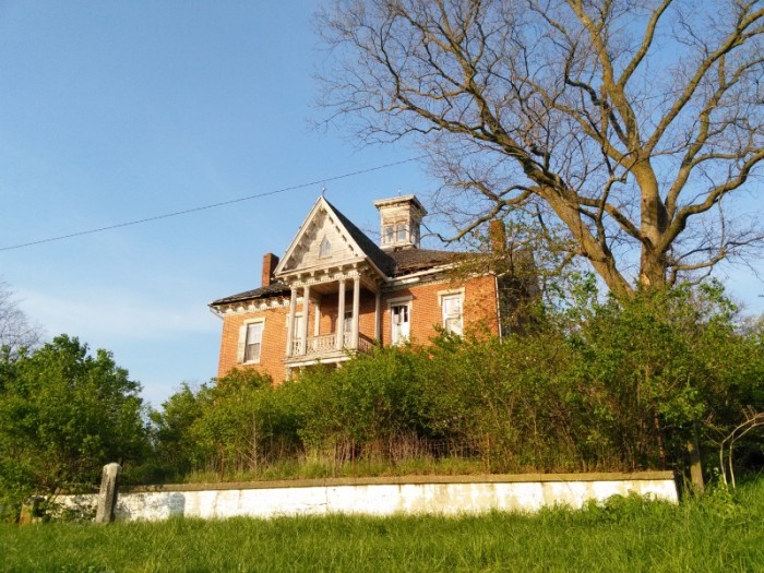 Beautiful old home in the Ohio Valley